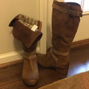 Ugg knee high leather boots full zipper size 9.5